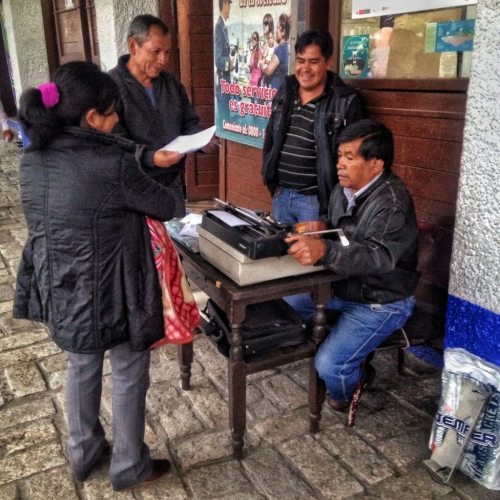 Typewriter Documents Computer Illiterate Huaraz Peruvian Cultural Quirks