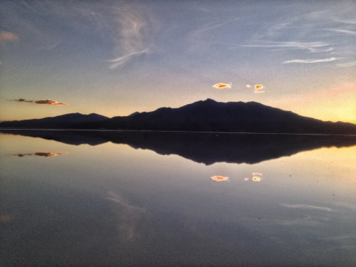 Salar De Uyuni Salt Flats Reflection Mountains Sky Bolivia