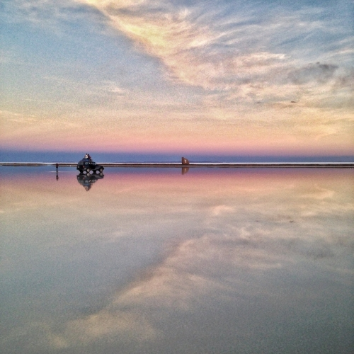 Salar De Uyuni Salt Flats Reflection Pink Sky Car Bolivia